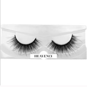 ❤︎𝓛𝓪𝓼𝓱𝓮𝓼 HEAVENLY - 3D Mink Natural Lashes